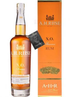 A.H. Riise X.O. Reserve Rum 350 ml = Flasche