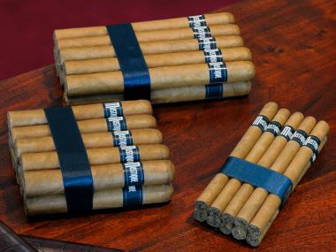 Mustique Blue Corona (10-er Bundle) 10 Stück = Packung (-3% CV24-Packungsrabatt)