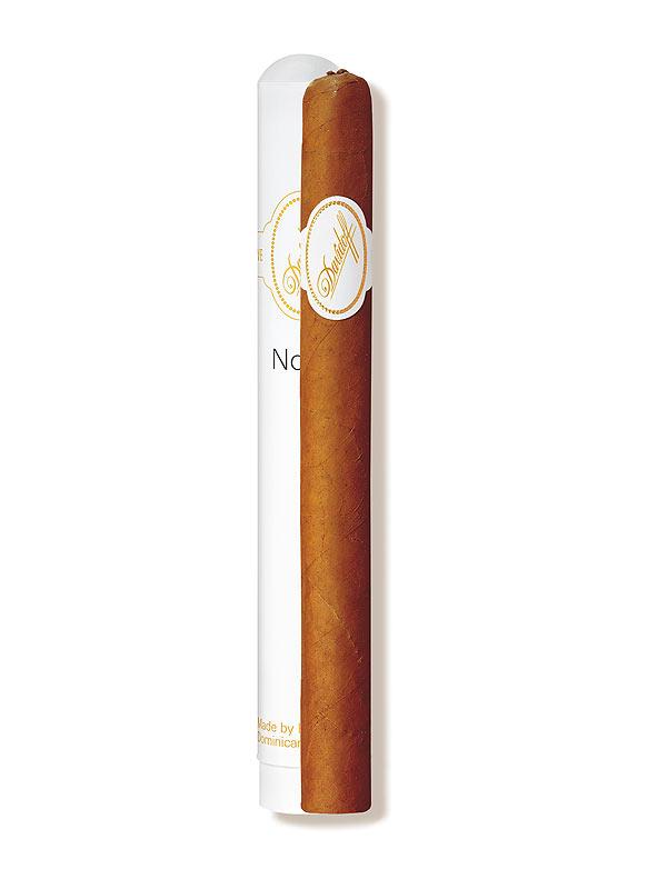 cigarrenversand24 davidoff classic no 2 1 st ck. Black Bedroom Furniture Sets. Home Design Ideas